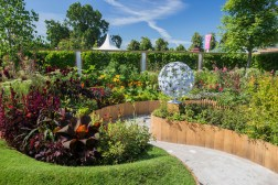 Witan Investment Trust Global Growth Garden. Designed by: Jane Bailey. Sponsored by: Witan Investment Trust plc. RHS Hampton Court Palace Flower Show 2016.