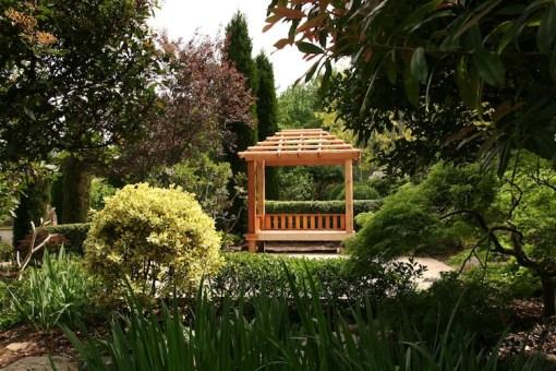 Guestlands garden
