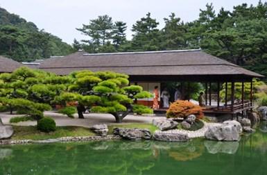 Ritsurin-Koen-Garden