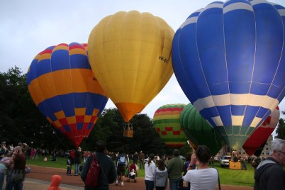 Canberra's annual hot air balloon festival