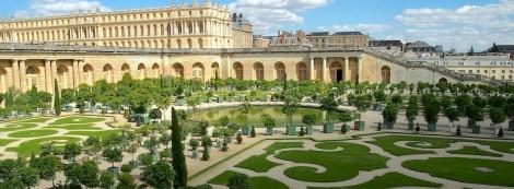 Versailles hero