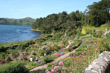 Walled garden Inverewe. Photo Alexandre Dulaunoy