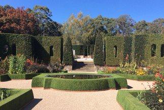 Sunnymeade garden © Craig Irving