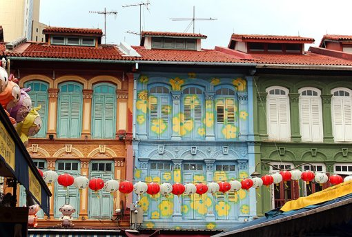 Chinese building and lantern, Chinatown, Singapore