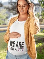 We are complete nosečniška majica by Complete life