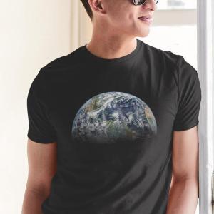 Vesolje Zemlja 2, majica