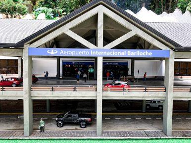 Réplica do Aeroporto Internacional Teniente Luis Candelaria em Bariloche (ARG)
