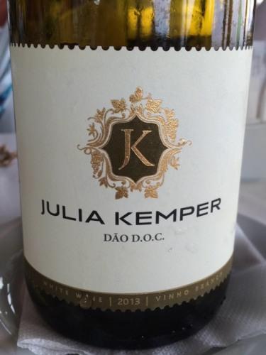 Julia Kemper Dao White 2013.