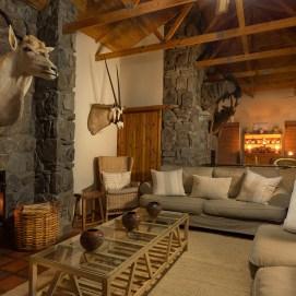 Lounge Large 02