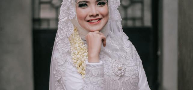 sewa-baju-pengantin-muslimah-kebaya-pengantin
