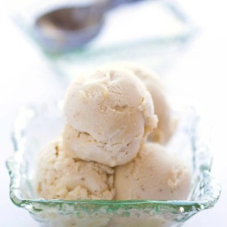 ONE INGREDIENT BANANA ICE CREAM