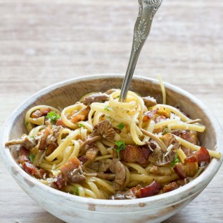Classic Bacon Mushroom Pasta recipe is an easy, 5 ingredient, gluten-free, comfort food dish you can make in only 20 minutes.