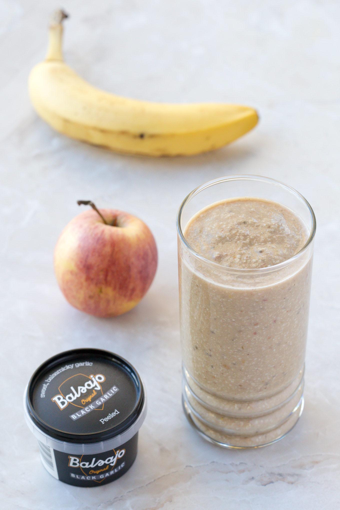 Vegan Banana and Black Garlic Smoothie Ingredients: apple, banana, black garlic