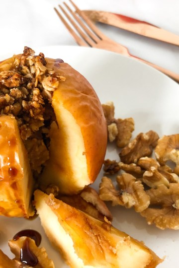 baked apple with oat crumble