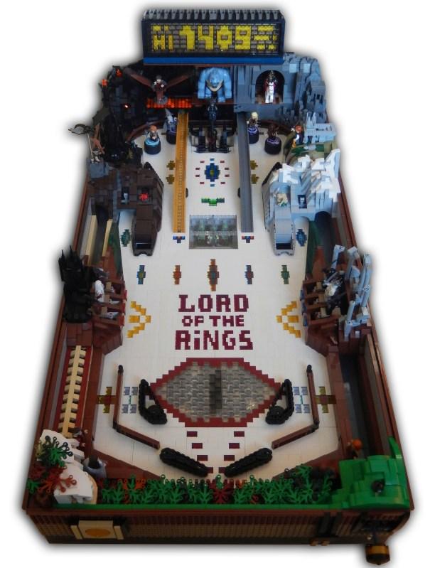 O Senhor dos Anéis: Fã cria máquina de pinball em LEGO!