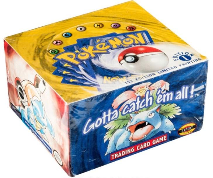 Caixa fechada de cartas Pokémon é vendida por US$408 mil em leilão