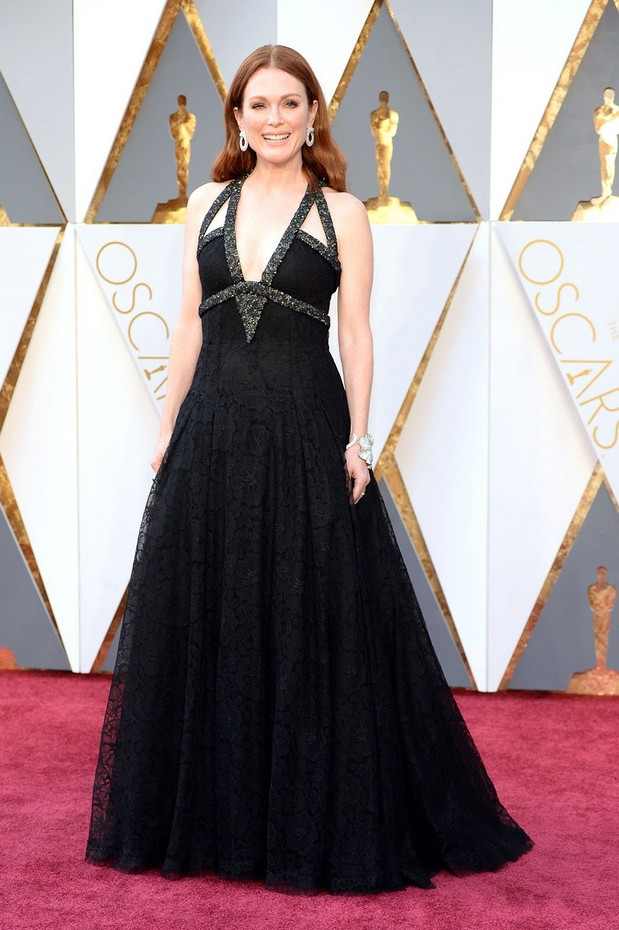 Julianne Moore veste Chanel