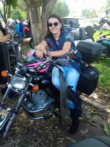 motociclista mulher