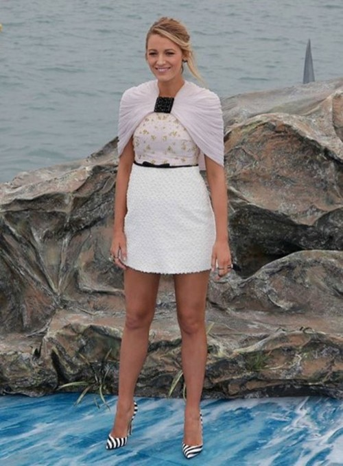 blake-lively-cannes-shallows