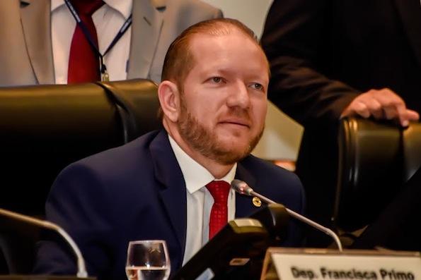 Segundo Othelino, o governo do Estado vai colaborar com a construção de um novo hospital de 50 leitos