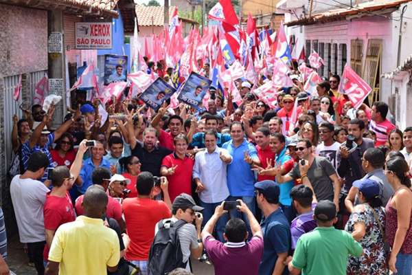 Edivaldo: caminhada rumo à vitória dia 30 de outubro, segundo Data M