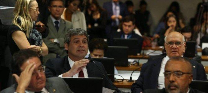 CCJ do Senado aprova PEC das eleições diretas para presidência em caso de vacância