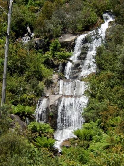 fainter-falls-near-bright-2016-12-15-5-766x1024-598x800