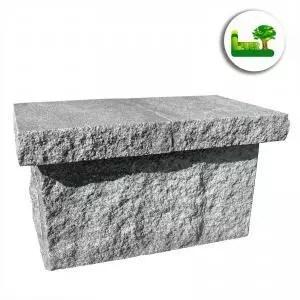 Ein Vesuv Pfeilerstein mit Abdeckplatte. Garten Leber, wir beraten Sie kostenlos und unverbindlich.