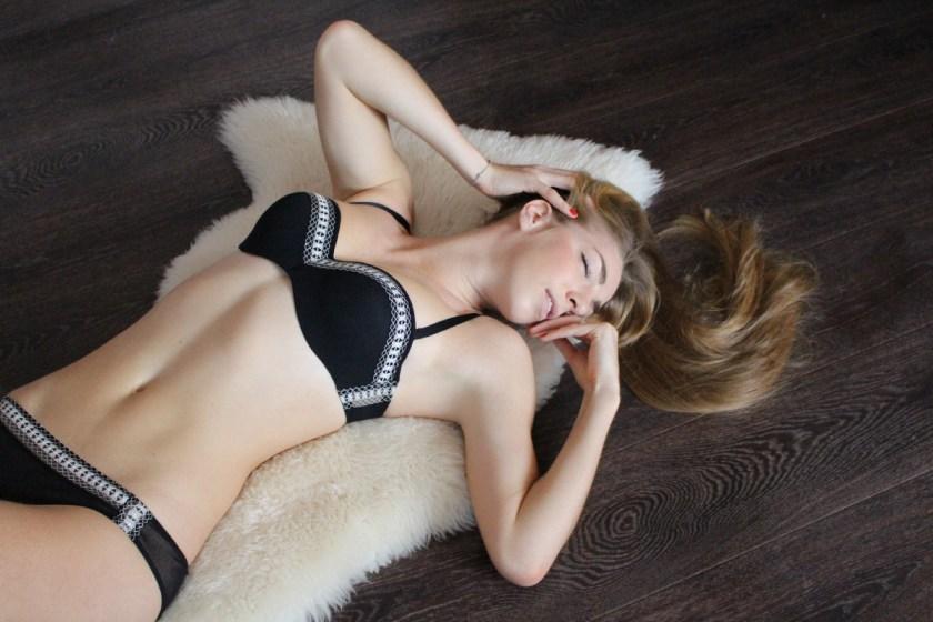 Обзор нижнего белья Belle De Jour от Huit в журнале GB {Garterblog.ru}