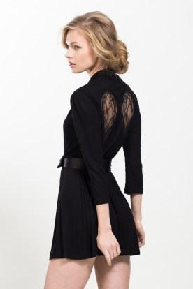 Gaia Wings Wrap – Black, €149