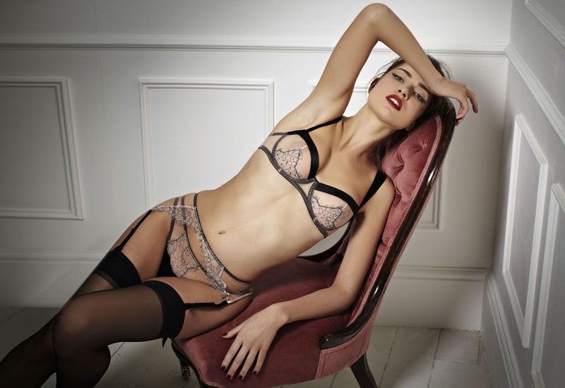 fleur of england Pandora lace balcony suspender and thong