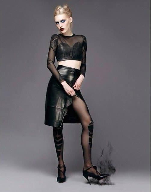 В магазине представлены колготки российского дизайнера Юлии Чулковой