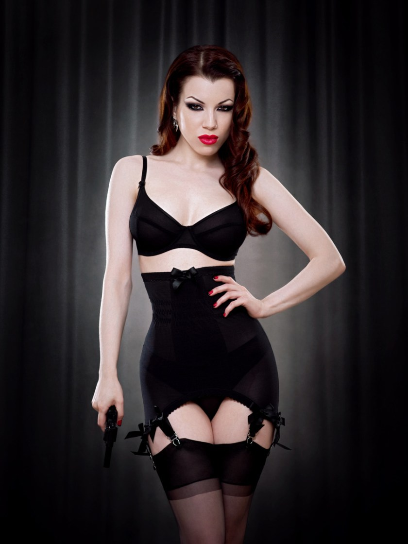 Vargas Longline Girdle от Kiss Me Deadly
