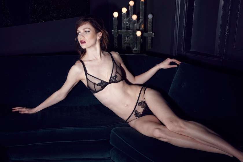 Fleur-of-England-After-Dark-Plunge-bra-and-brief2