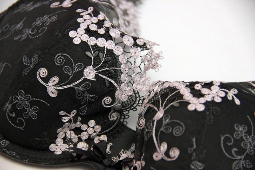 Обзор комплекта нижнего белья «Wish» от Simone Perele