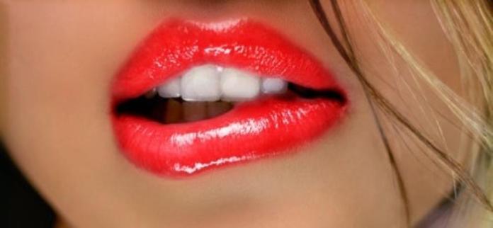 4 Cara Sederhana Menjaga Kesehatan Bibir Biar Tampil Cantik