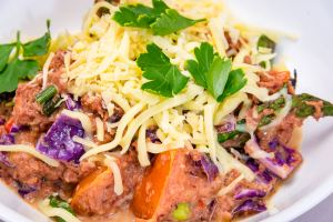 Stir-fried creamy (Coles-brand) corned beef with cabbage and cheese. Stalled weight loss. Gary Lum