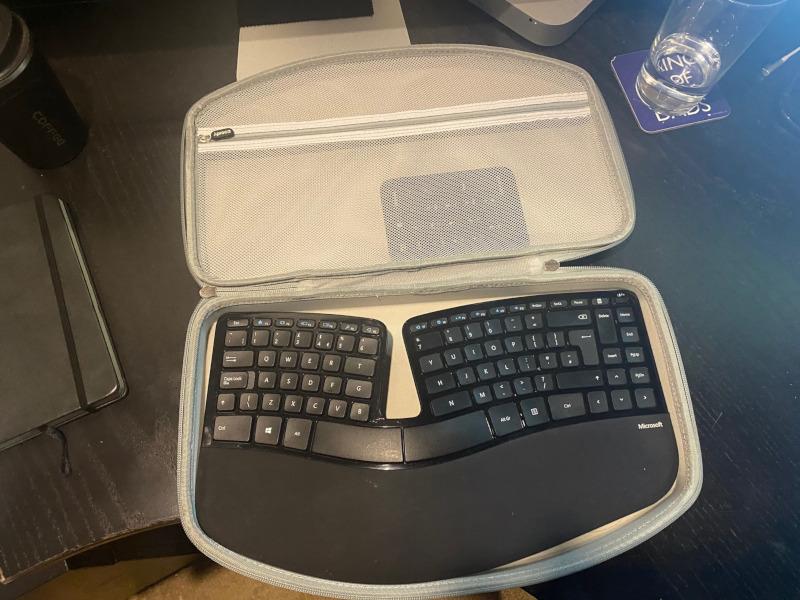 Aproca Hard Carry Travel Case fit Microsoft Sculpt Ergonomic Keyboard