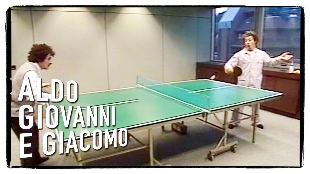 Gas-Tube: Gli Svizzeri di Aldo, Giovanni e Giacomo - Ping pong