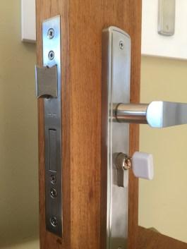 lock repair link