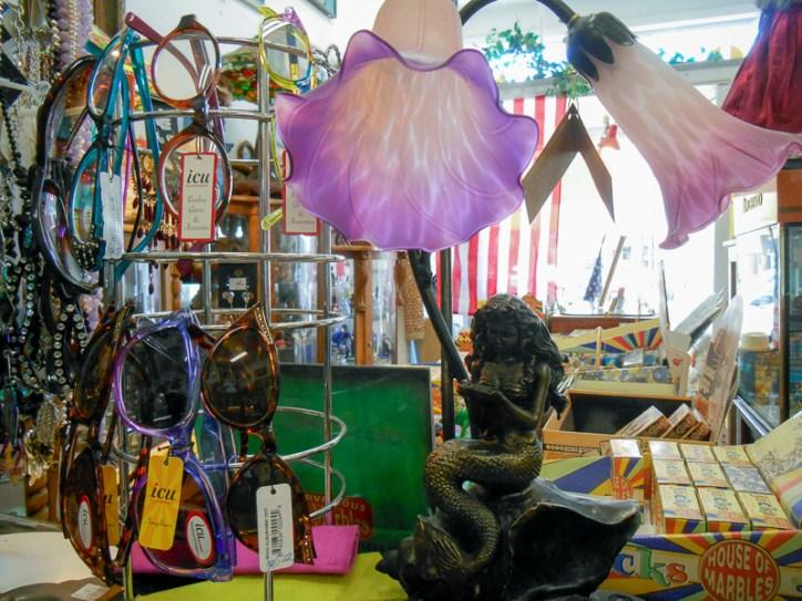 Mermaid tulip lamp