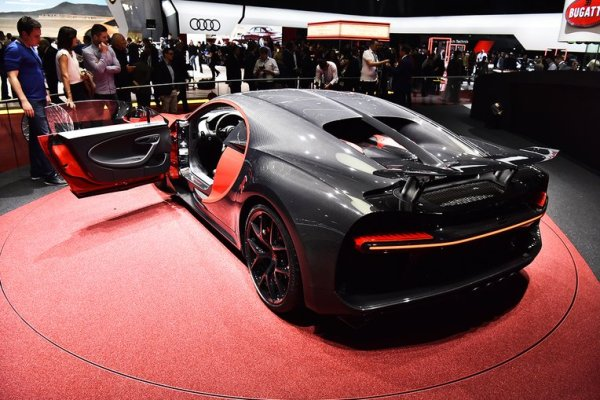 b7 - Bugatti Chiron Sport 2018