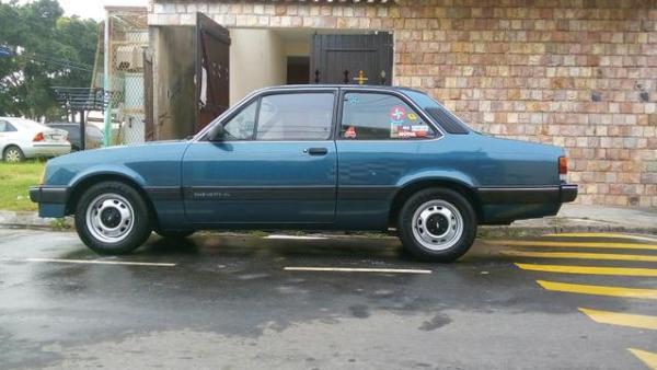a11 - Chevrolet Chevette - 45 anos