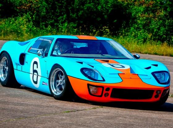 """ford gt40 blast 03084932 - """"FORD GT40"""" o matador de Ferraris"""