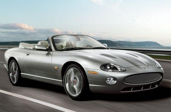 j8 - Os carros da Jaguar