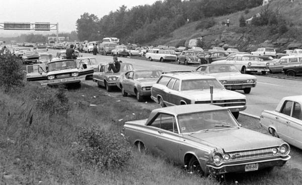 w14 1 - 50 anos do Festival de Woodstock, muito rock, paz, amor e carros.
