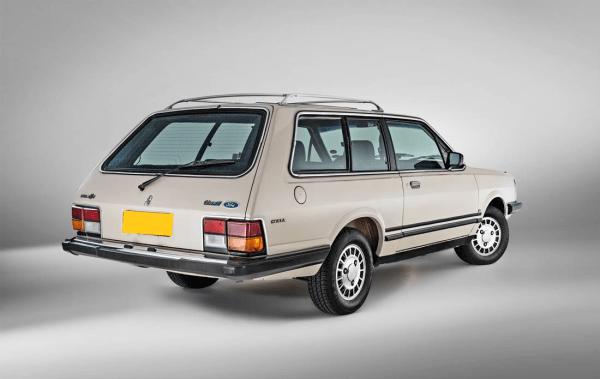 q32 - Ford Corcel e Belina