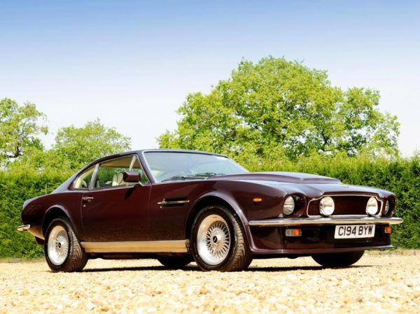 w14 3 - Aston Martin - o puro Inglês