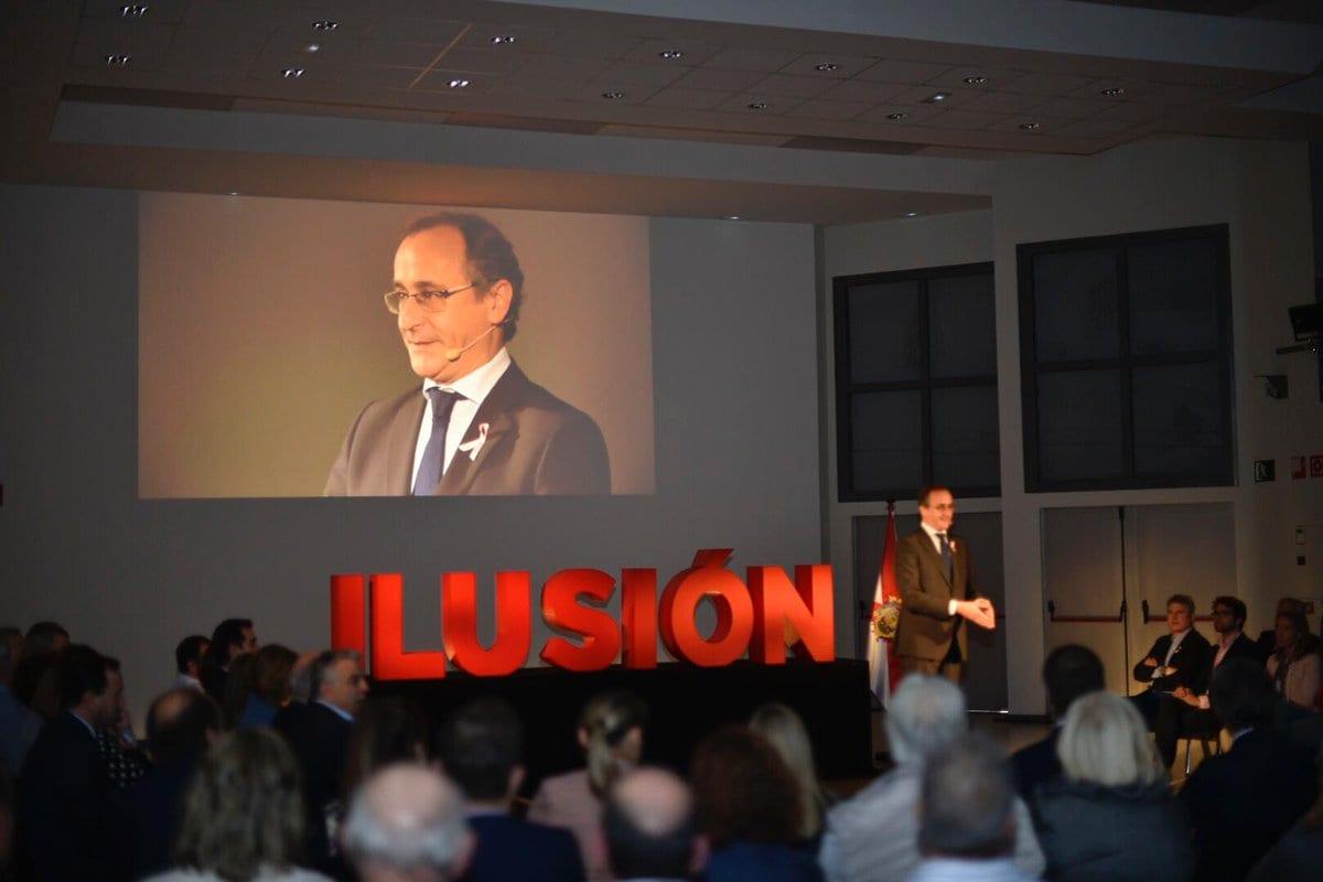 Alfonso Alonso en el acto presentación de Leticia Comerón | Foto: PP Vitoria