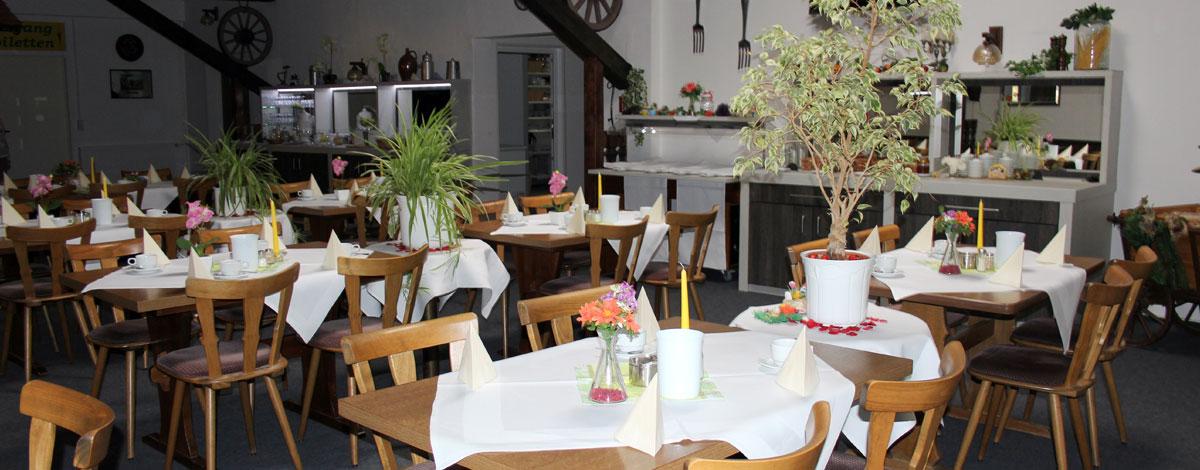 Frühstück im Gasthof Zahn in Stedten